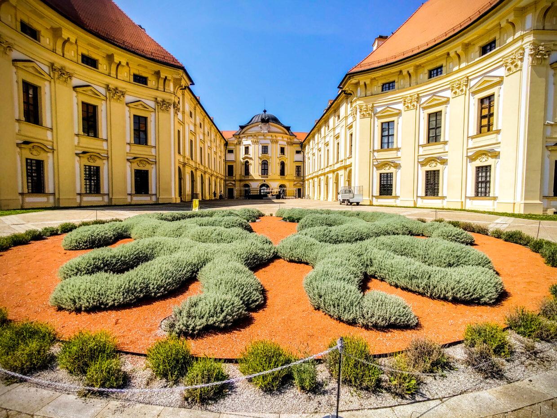 Slavkov chateau
