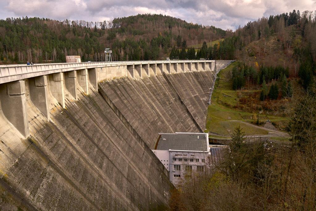 Vir Dam